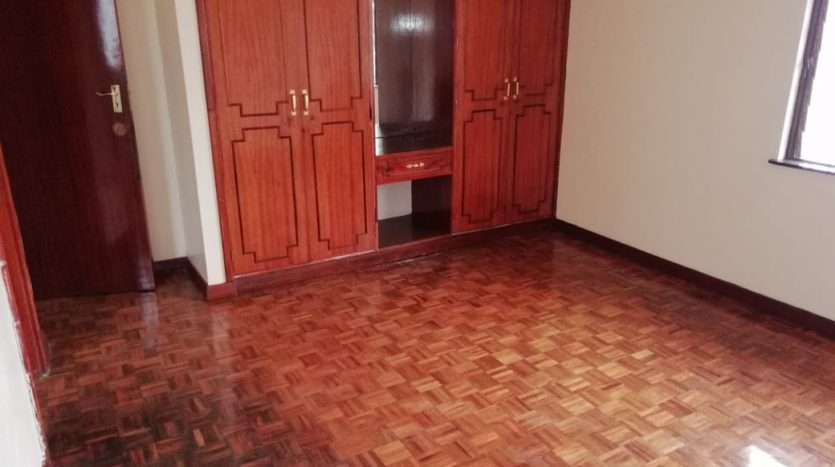 4 BEDROOM HOUSE TO LET IN HURLINGHAM, JABAVU COURT OFF JABAVU ROAD.