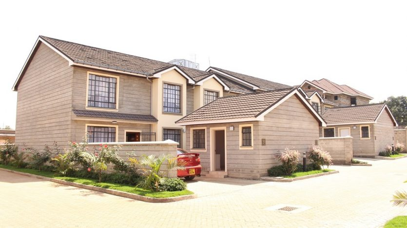 4 bedroom houses for sale in Ruiru off Thika Road by Danco Ltd Registered Valuers and Estate Agents
